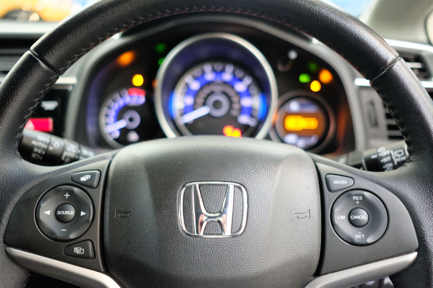 Honda Jazz 1.3 EX 5dr image 21