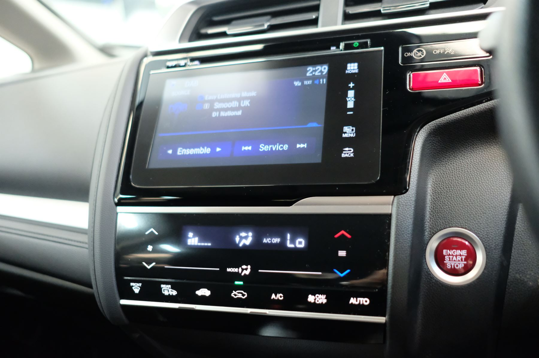 Honda Jazz 1.3 EX 5dr image 25