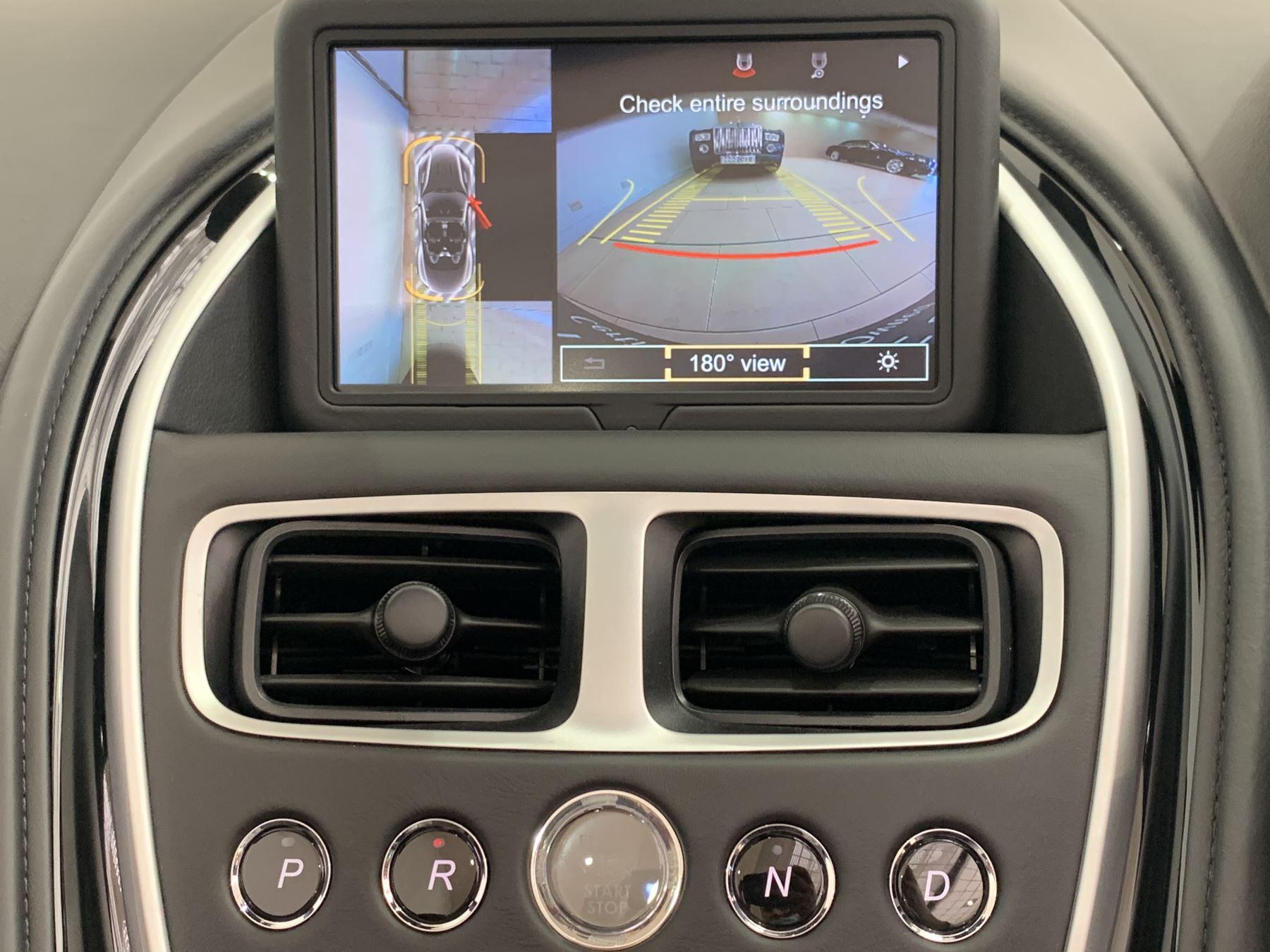 Aston Martin DB11 V8 Volante 2dr Touchtronic image 26