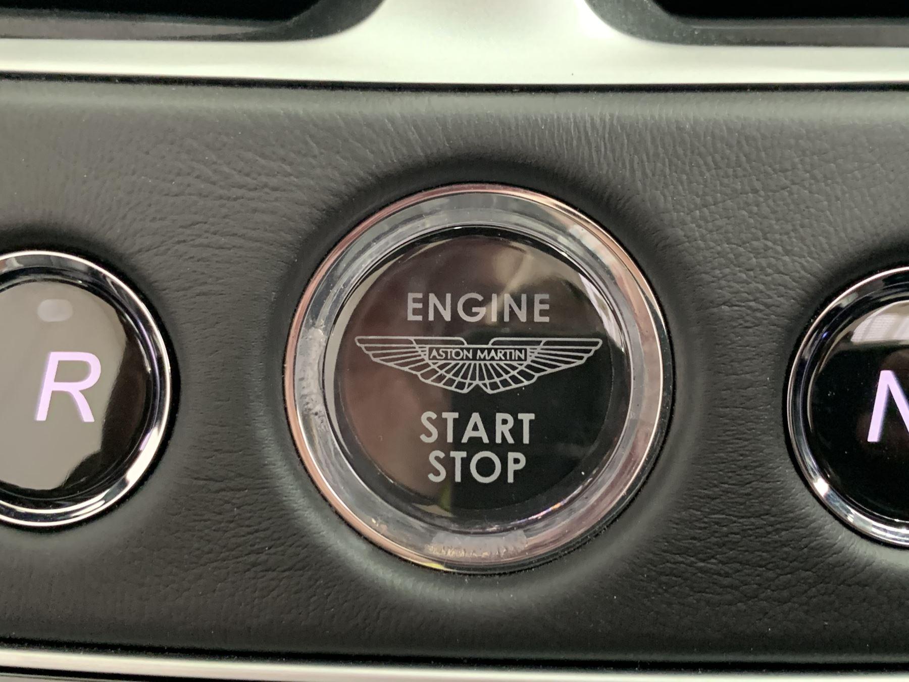 Aston Martin DB11 V8 Volante 2dr Touchtronic image 28