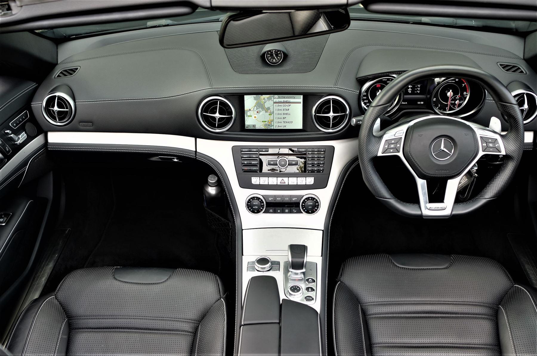 Mercedes-Benz SL-Class SL63 AMG [585] 2dr Auto image 10