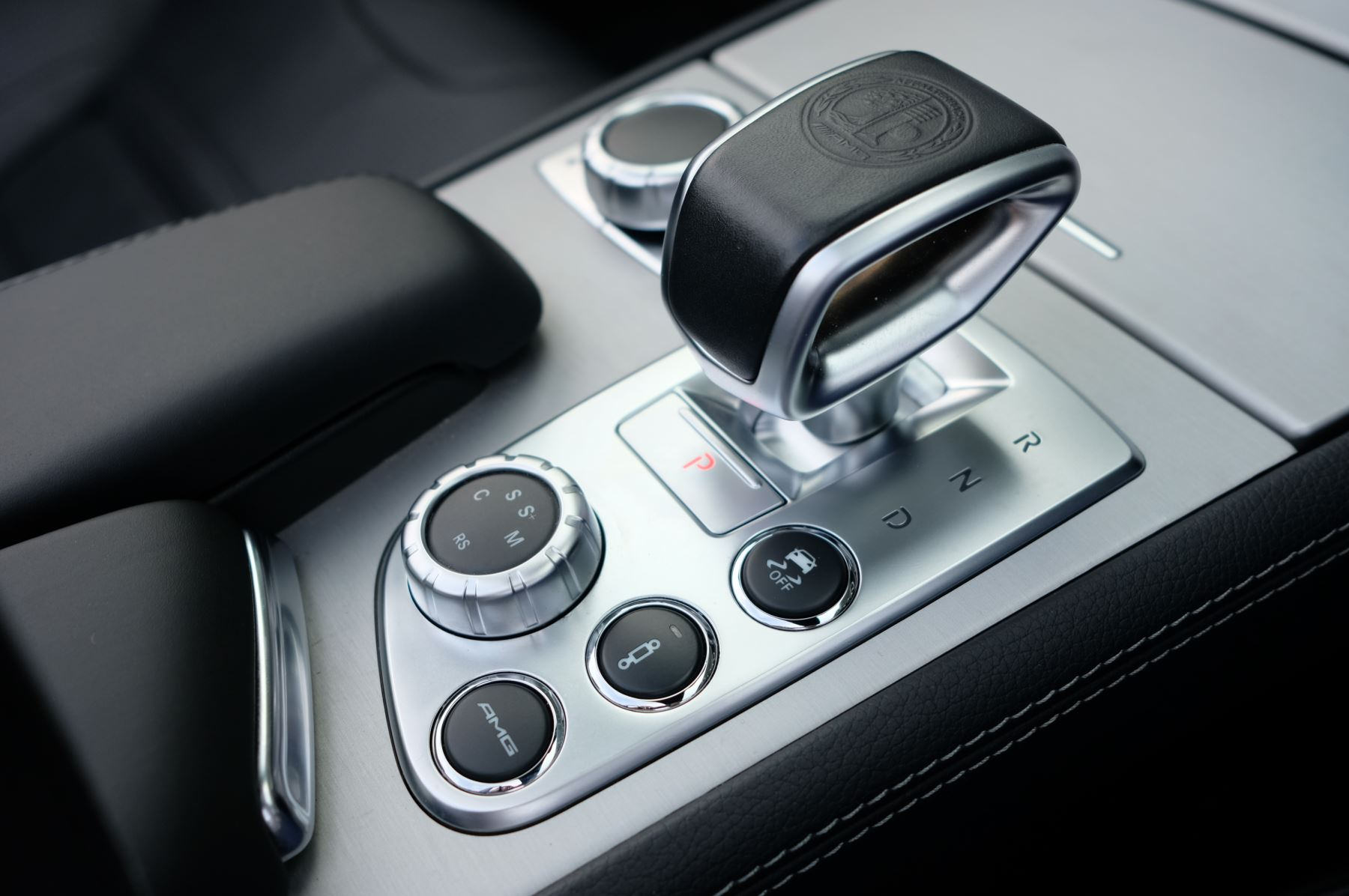 Mercedes-Benz SL-Class SL63 AMG [585] 2dr Auto image 23