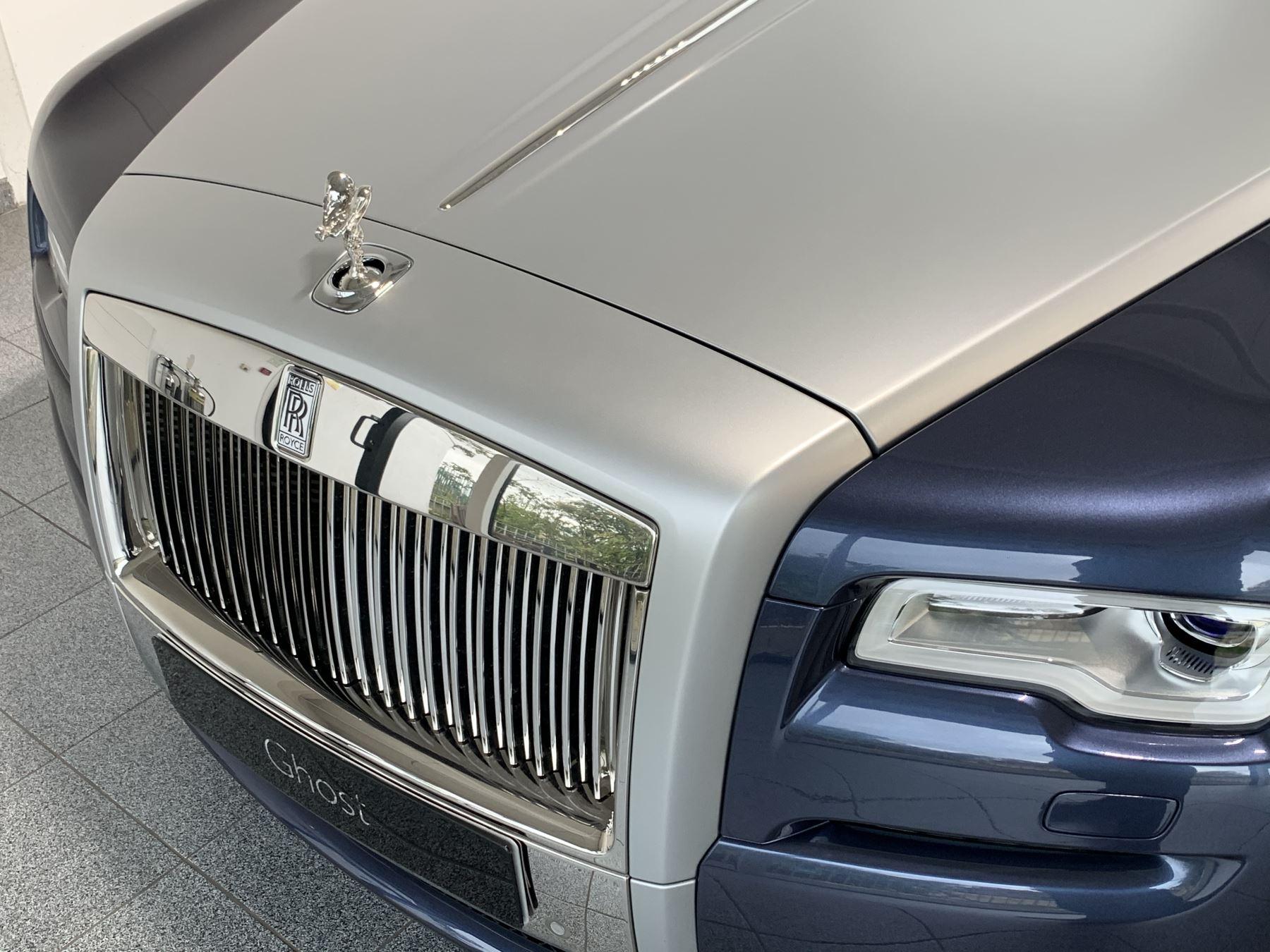 Rolls-Royce Ghost V12 AUTO image 14