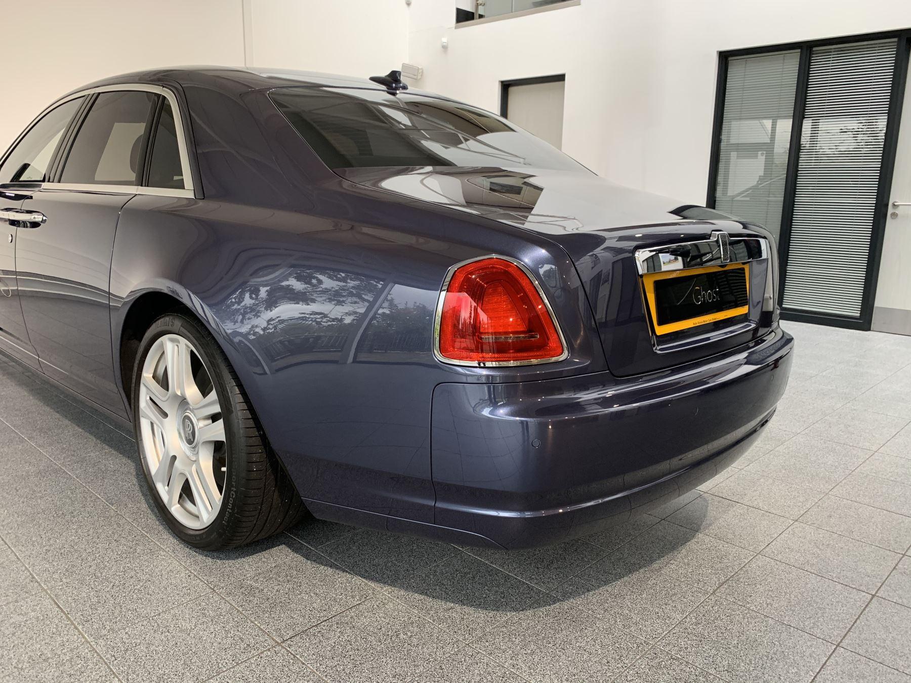 Rolls-Royce Ghost V12 AUTO image 16