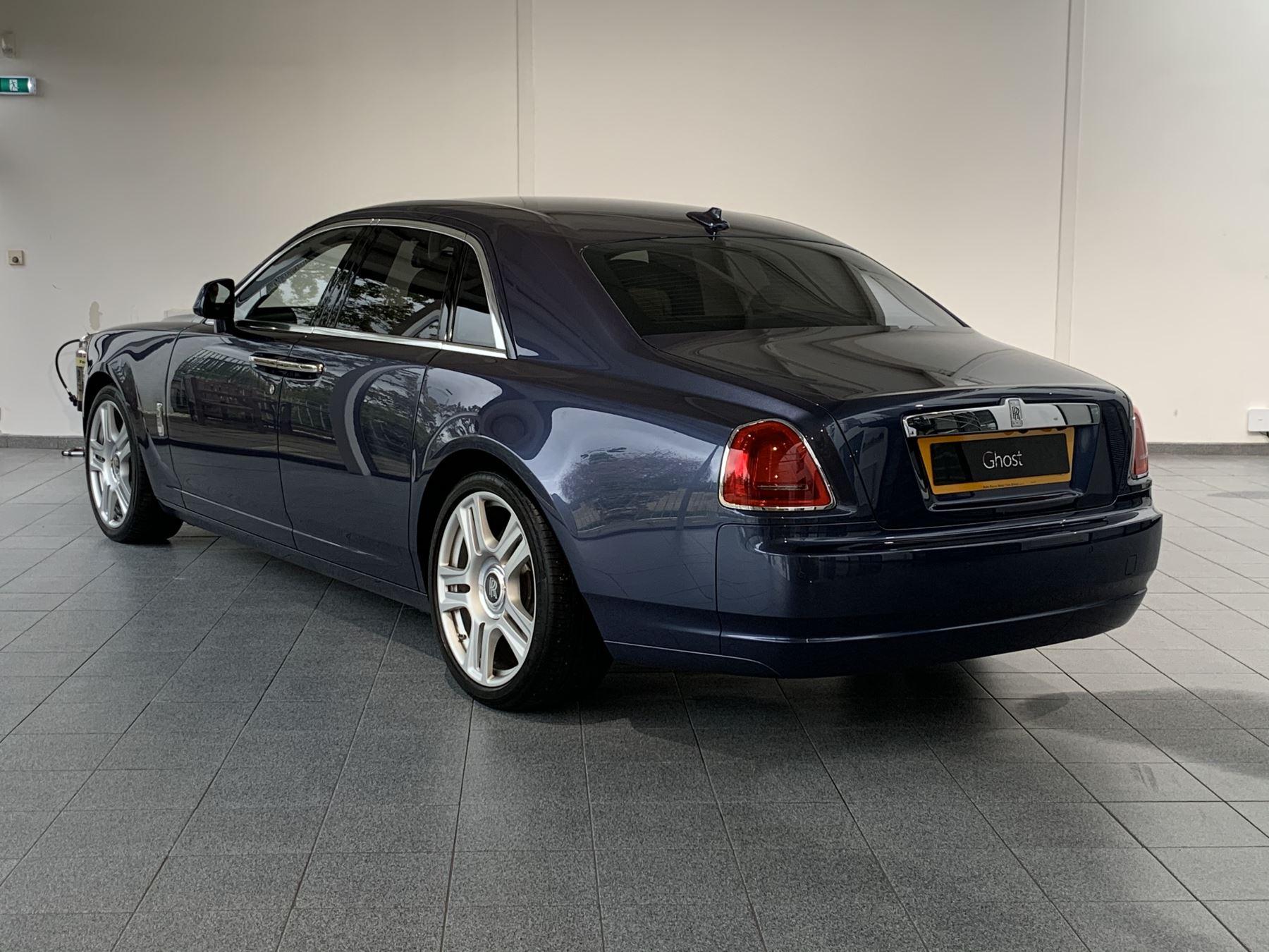 Rolls-Royce Ghost V12 AUTO image 3