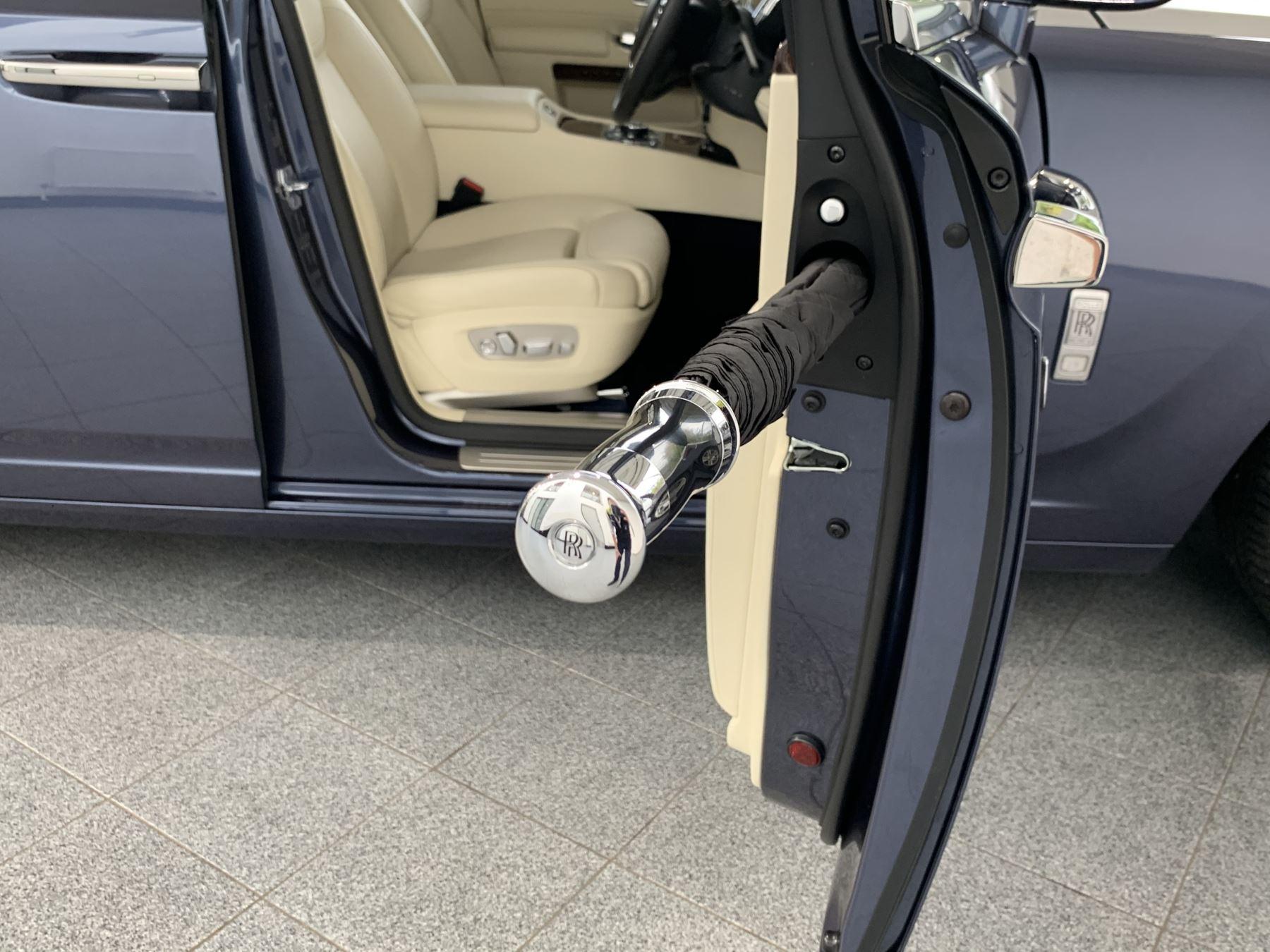 Rolls-Royce Ghost V12 AUTO image 30