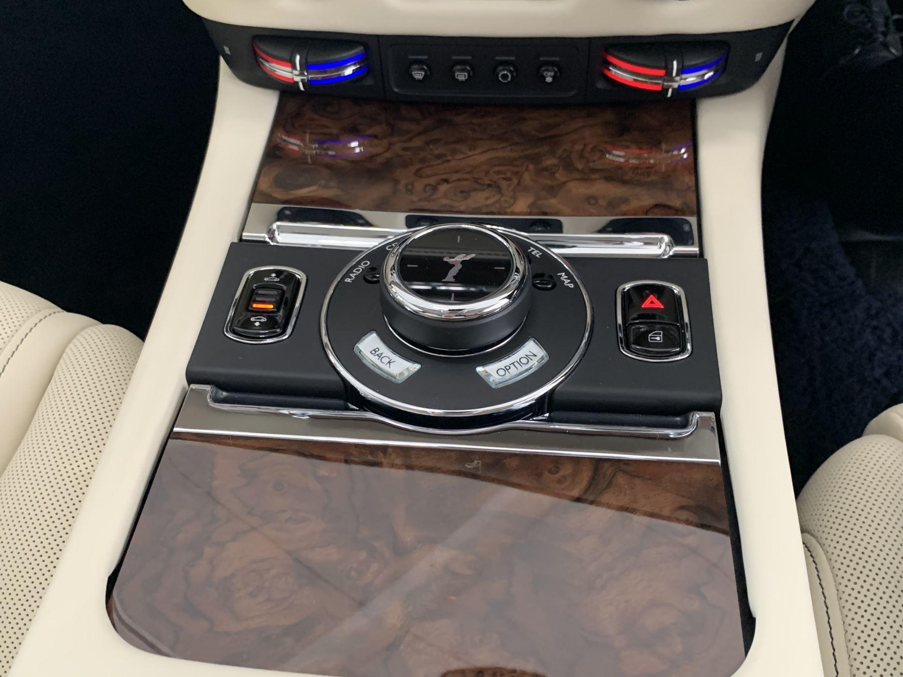 Rolls-Royce Ghost V12 AUTO image 33