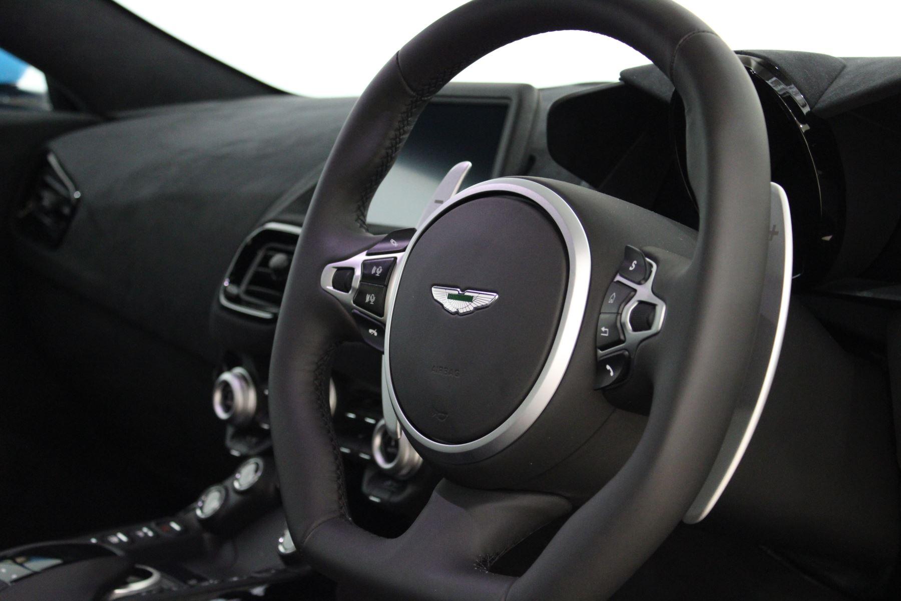 Aston Martin New Vantage 2dr image 23