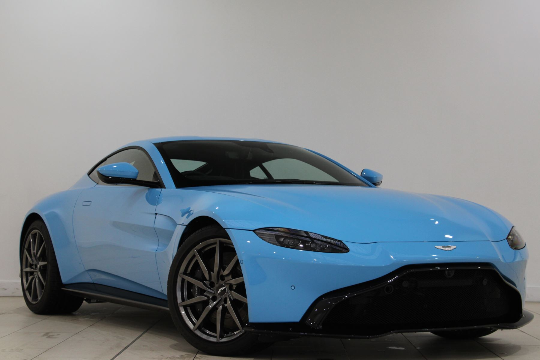 Aston Martin New Vantage 2dr 4.0 3 door Coupe (2020)
