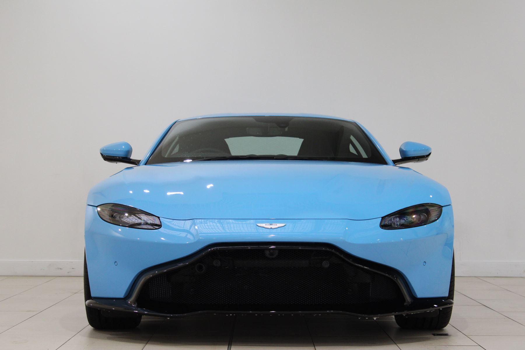 Aston Martin New Vantage 2dr image 2