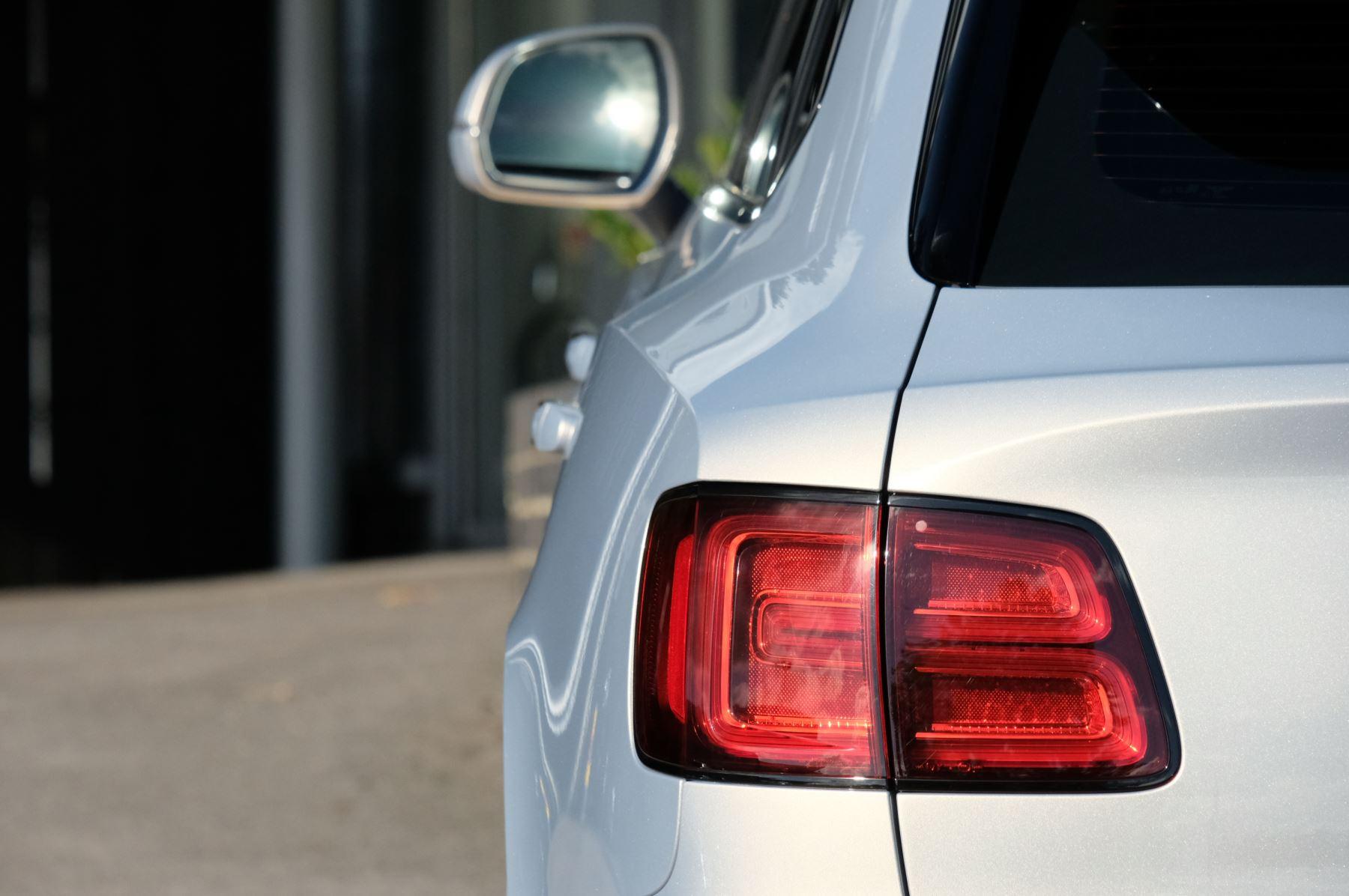 Bentley Bentayga Speed - City & Touring image 7