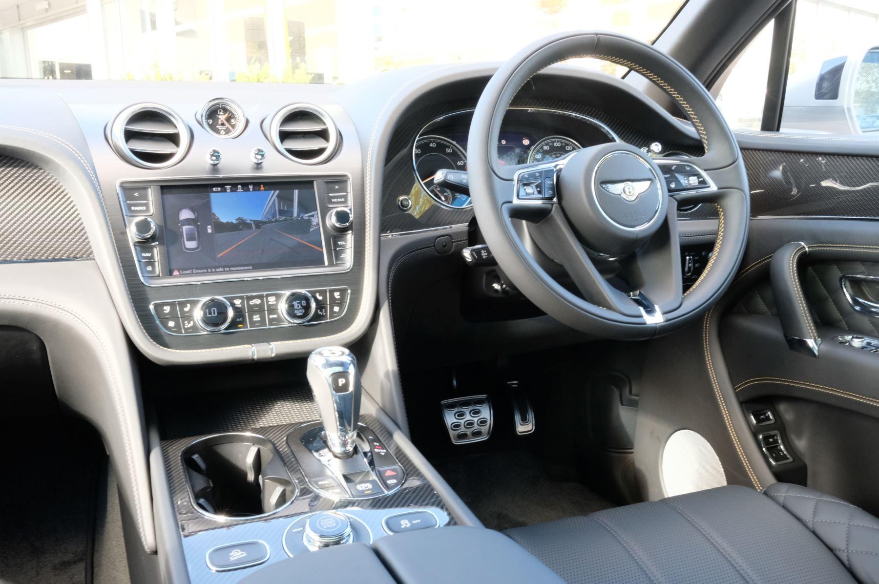 Bentley Bentayga Speed - City & Touring image 11