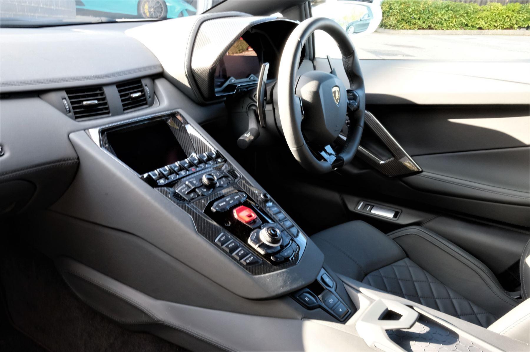 Lamborghini Aventador S AVENTADOR S LP 740-4 S-A image 7