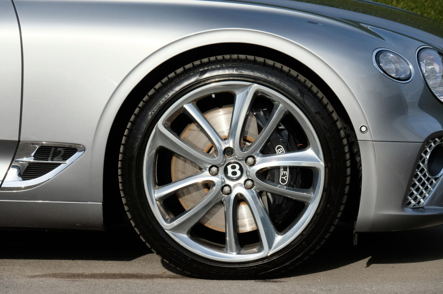 Bentley Continental GT 6.0 W12 2dr Mulliner Driving Specification image 6