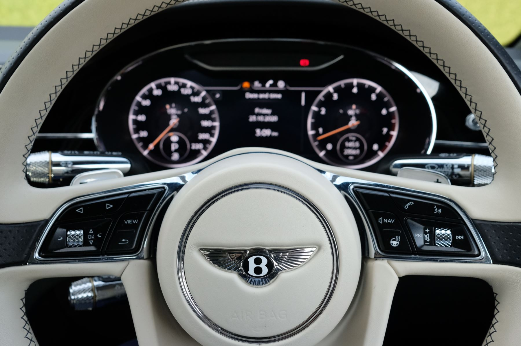 Bentley Continental GT 6.0 W12 2dr Mulliner Driving Specification image 15