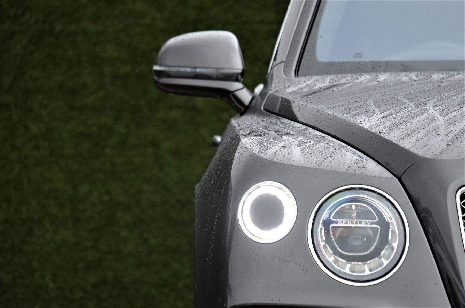 Bentley Bentayga 4.0 V8 5dr - Mulliner Driving Specification image 6