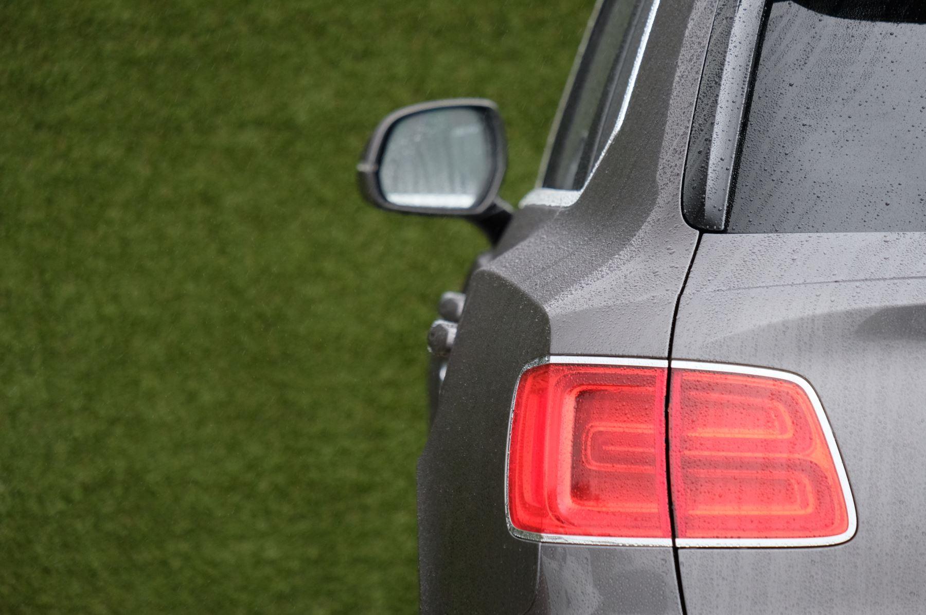 Bentley Bentayga 4.0 V8 5dr - Mulliner Driving Specification image 7