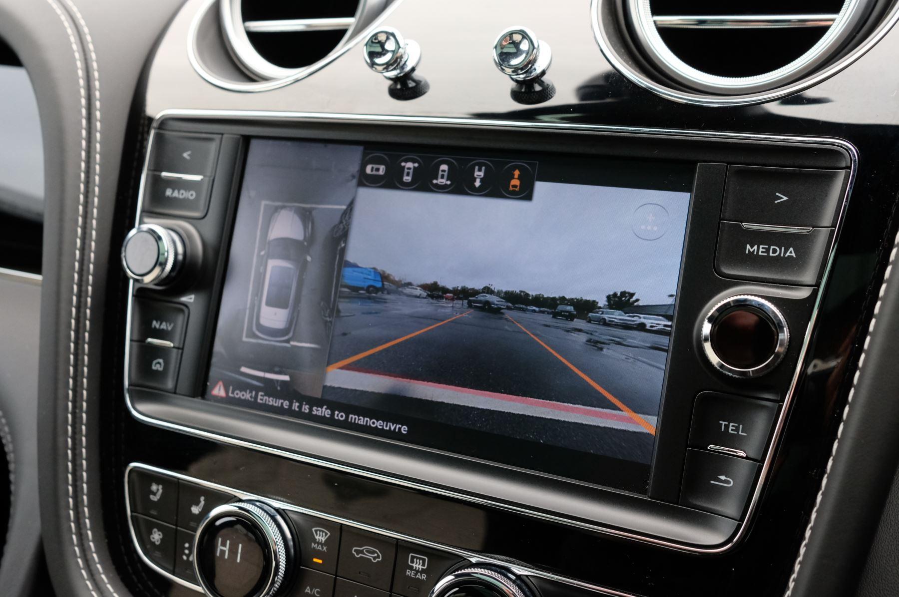 Bentley Bentayga 4.0 V8 5dr - Mulliner Driving Specification image 19