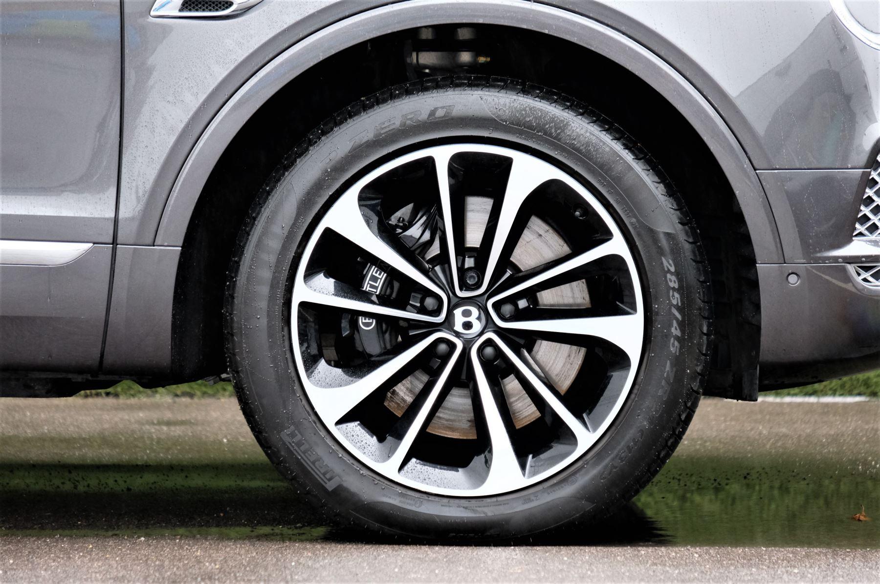 Bentley Bentayga 4.0 V8 5dr - Mulliner Driving Specification image 8