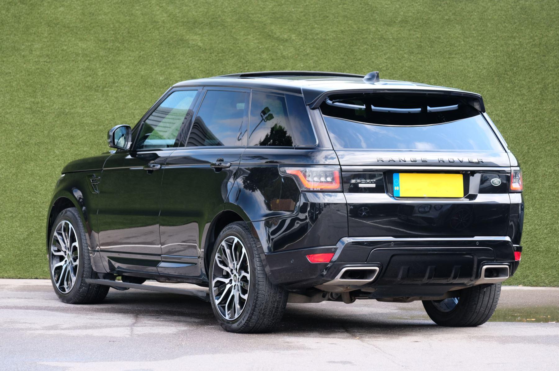 Land Rover Range Rover Sport 3.0 SDV6 Autobiography Dynamic 5dr image 2