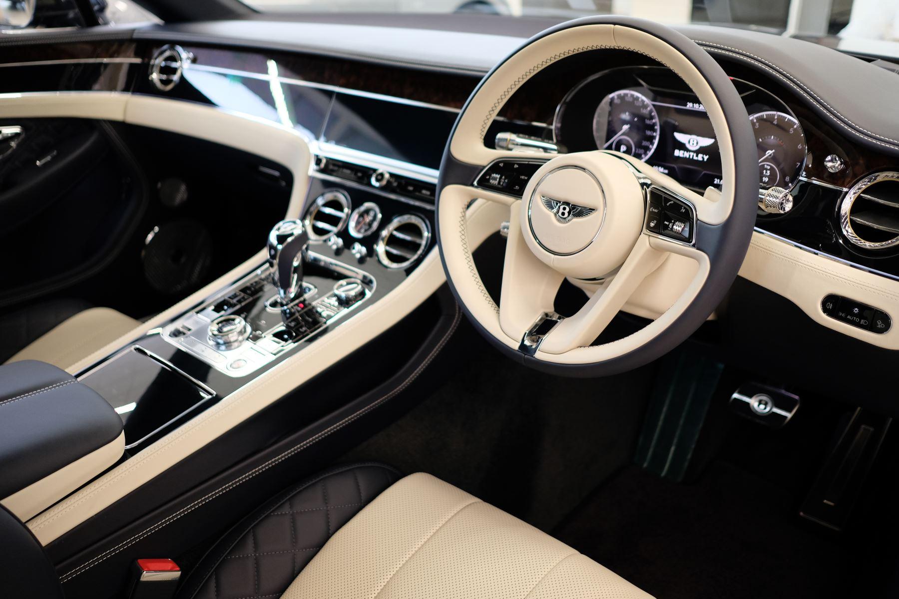 Bentley Continental GT 4.0 V8 Mulliner Edition Auto [Tour Spec] image 12