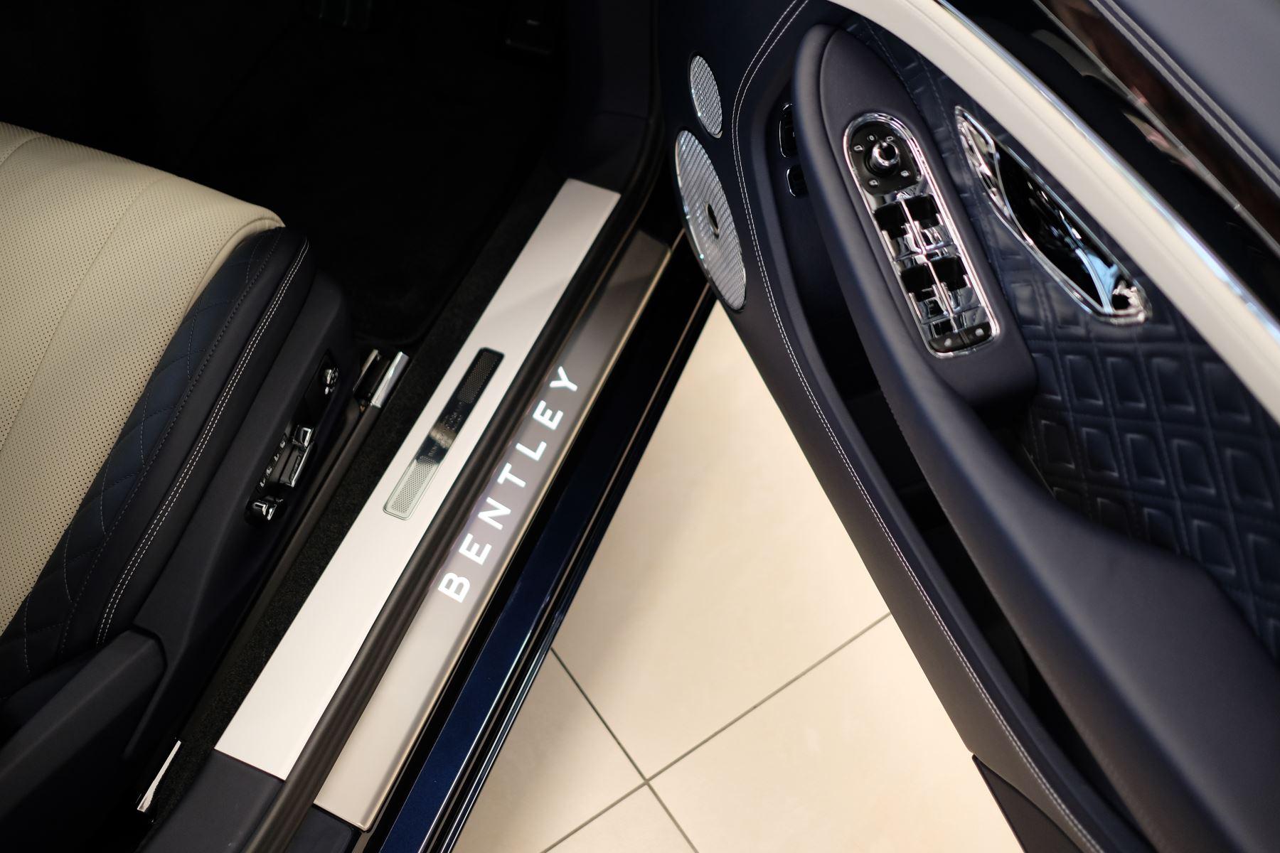 Bentley Continental GT 4.0 V8 Mulliner Edition Auto [Tour Spec] image 19
