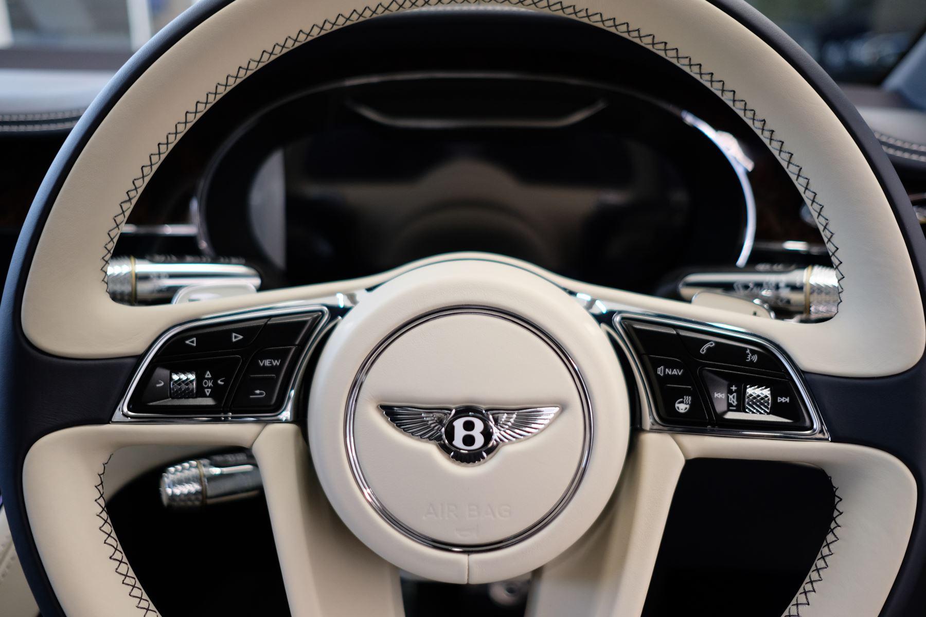 Bentley Continental GT 4.0 V8 Mulliner Edition Auto [Tour Spec] image 16