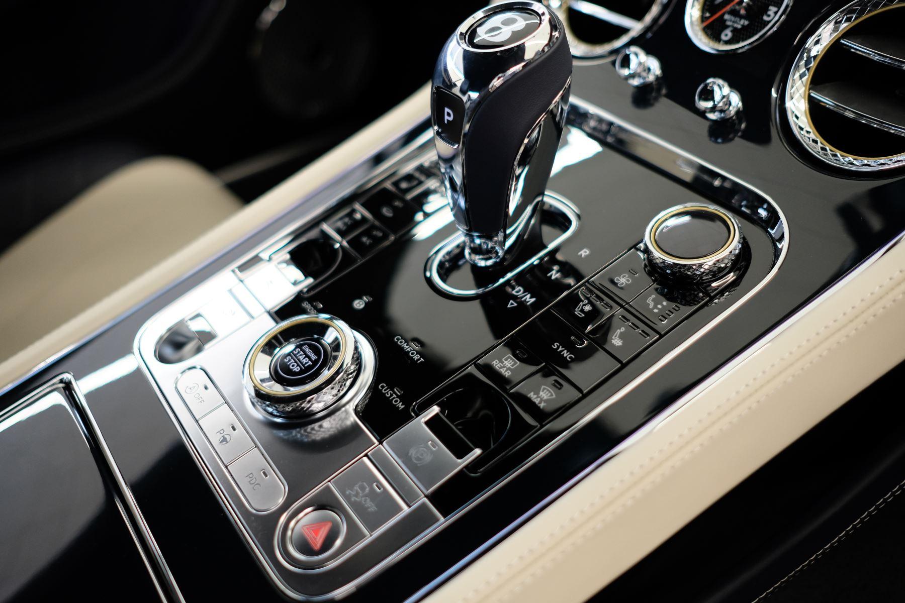 Bentley Continental GT 4.0 V8 Mulliner Edition Auto [Tour Spec] image 21