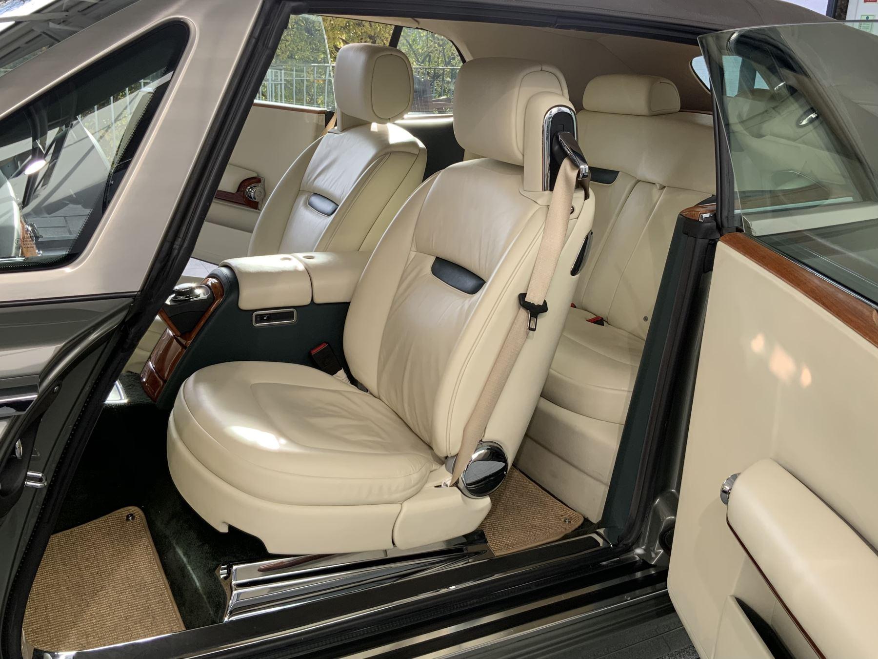 Rolls-Royce Phantom Drophead Coupe 2dr Auto image 10