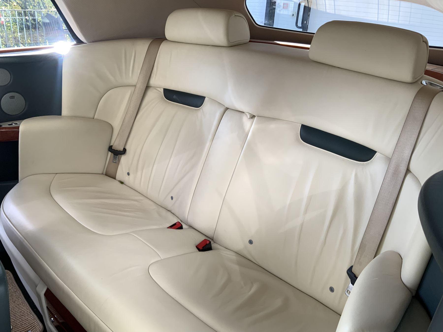 Rolls-Royce Phantom Drophead Coupe 2dr Auto image 12