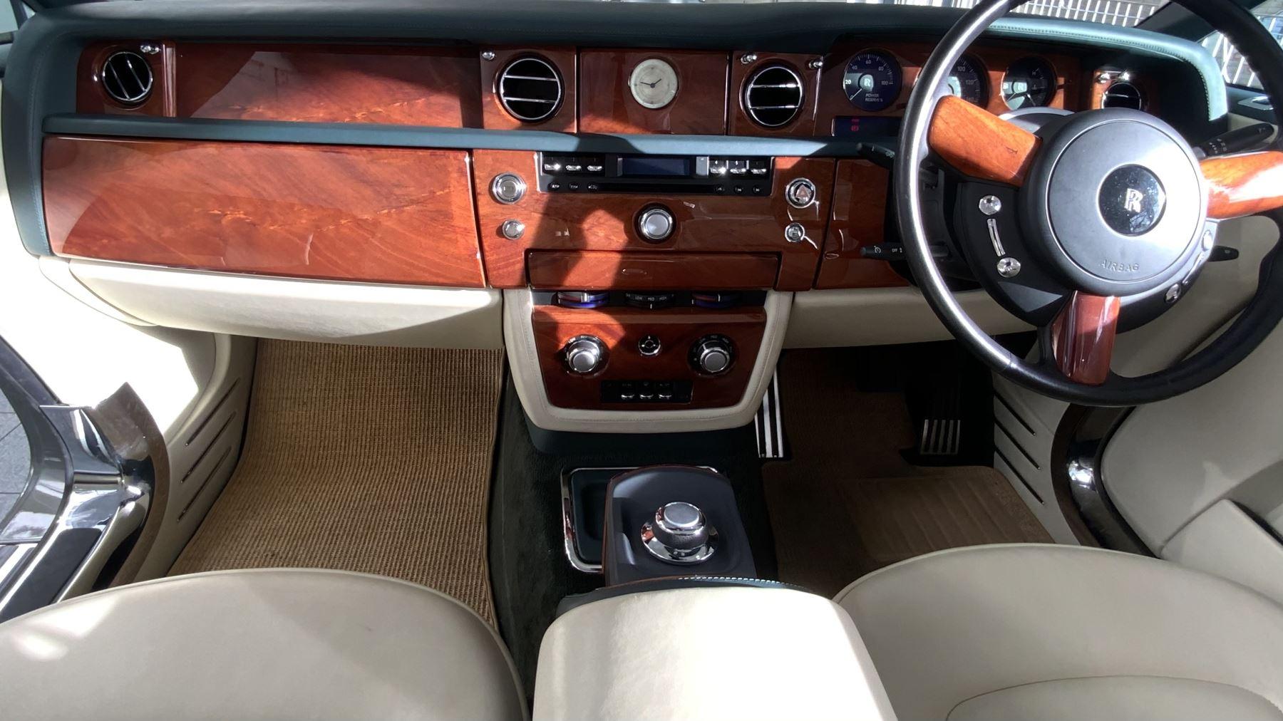 Rolls-Royce Phantom Drophead Coupe 2dr Auto image 13
