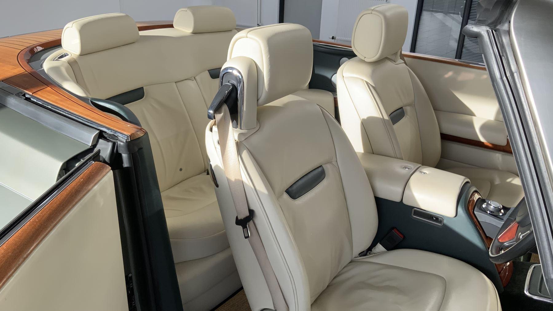 Rolls-Royce Phantom Drophead Coupe 2dr Auto image 28