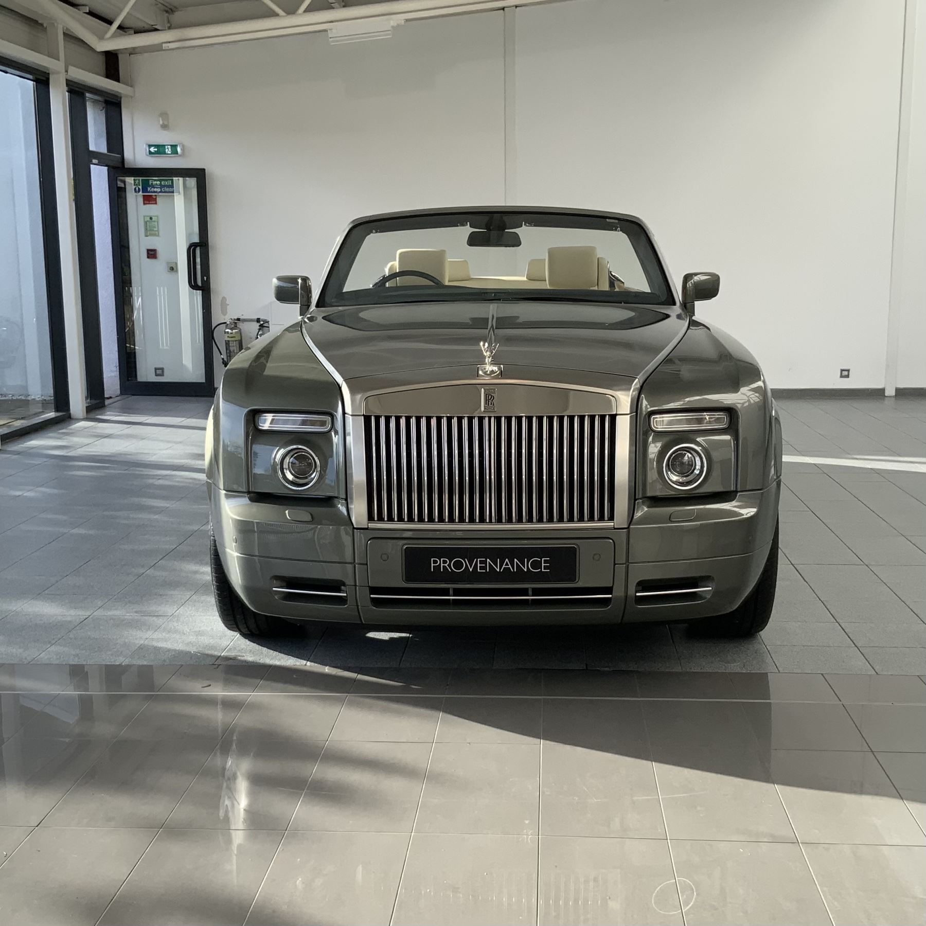 Rolls-Royce Phantom Drophead Coupe 2dr Auto image 5