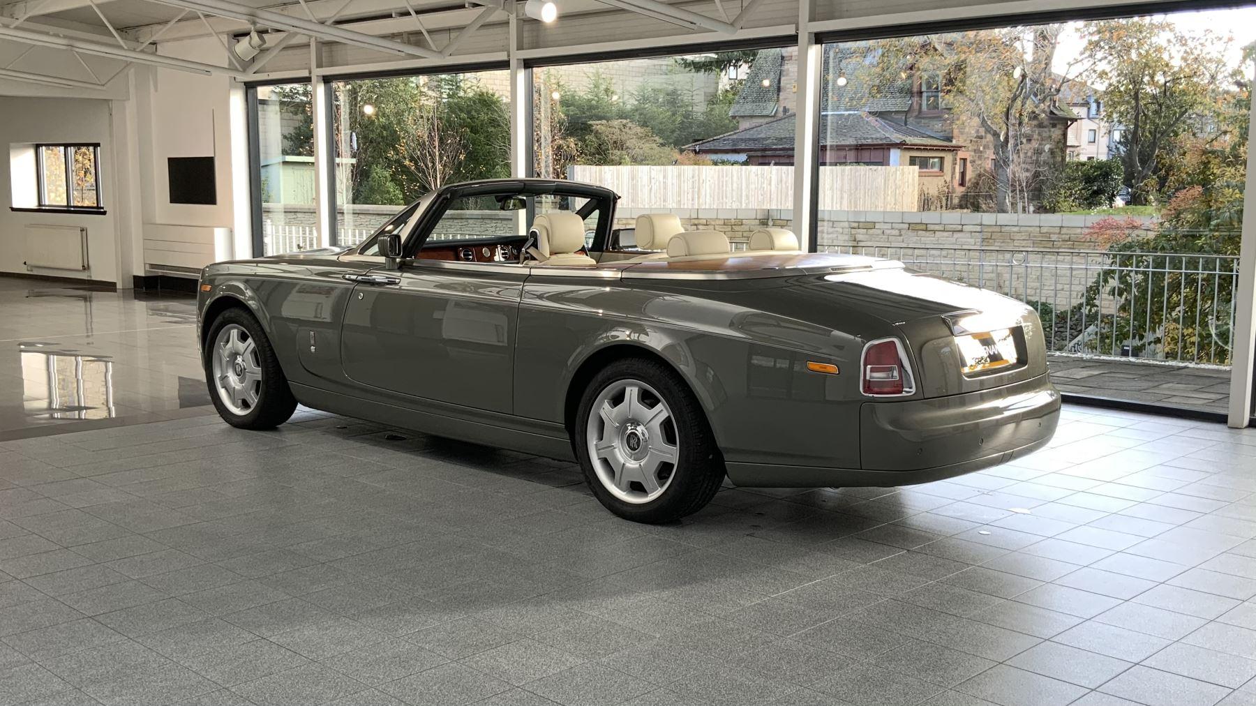 Rolls-Royce Phantom Drophead Coupe 2dr Auto image 32