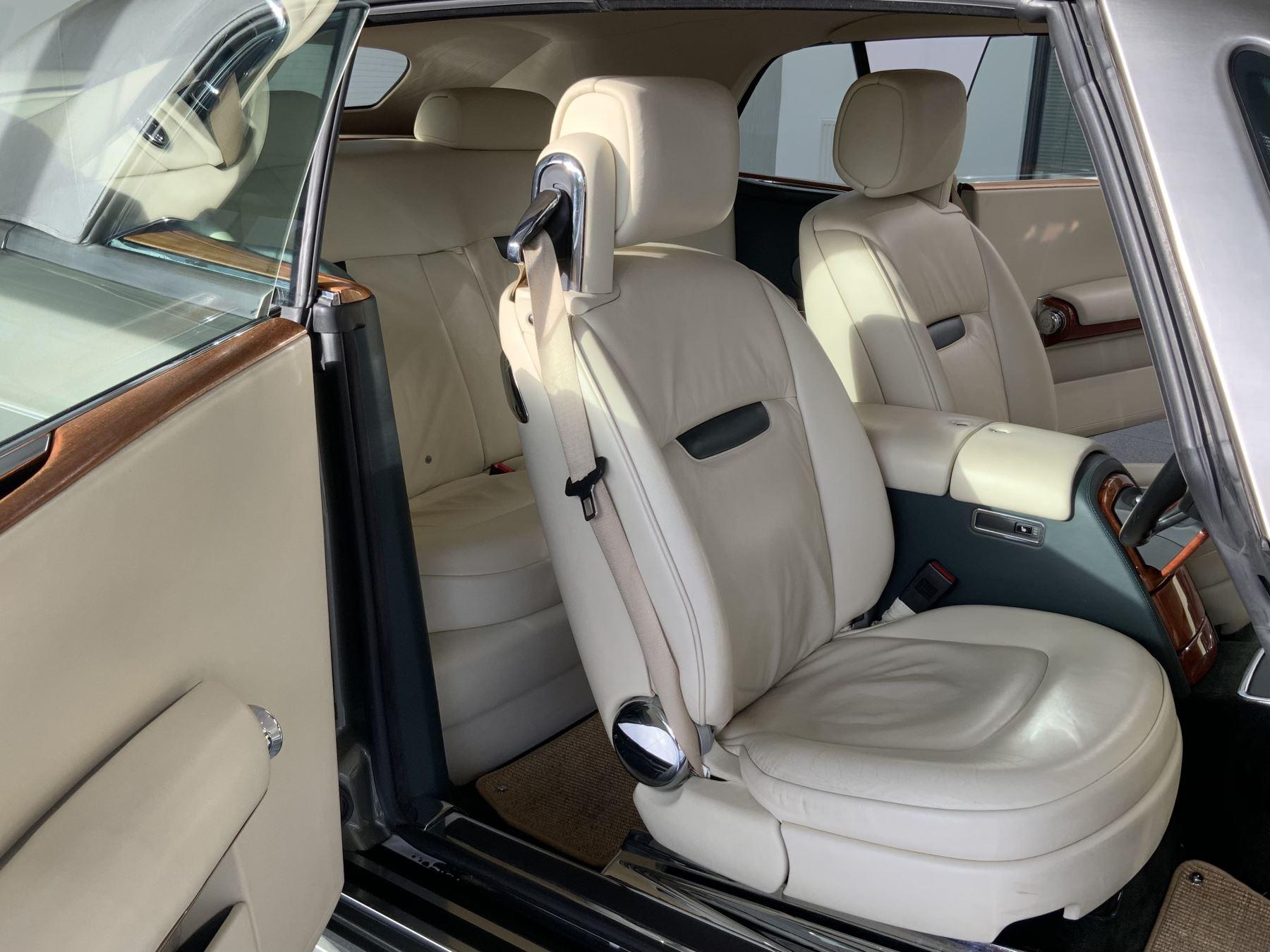 Rolls-Royce Phantom Drophead Coupe 2dr Auto image 34