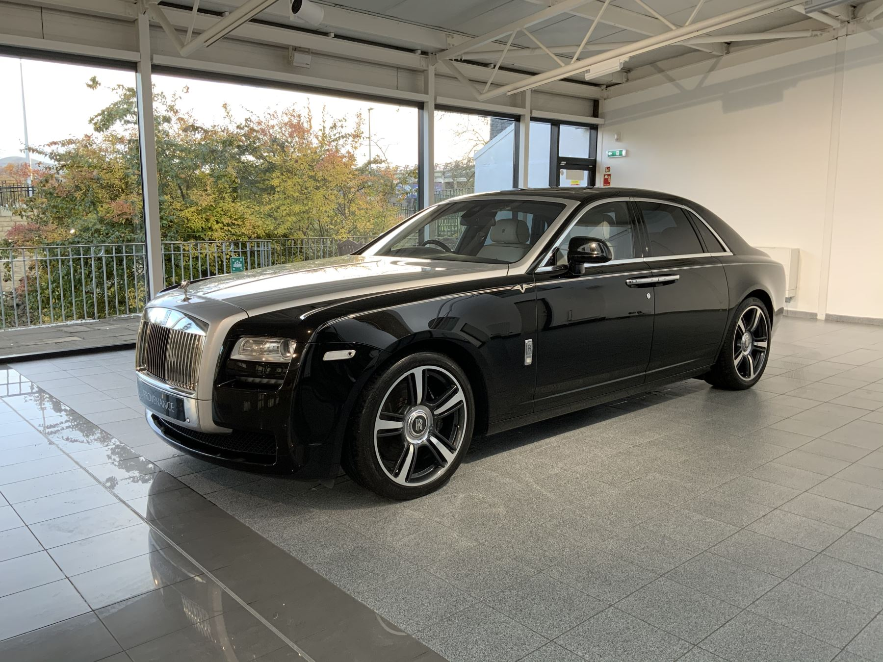 Rolls-Royce Ghost V-SPEC 4dr Auto image 11