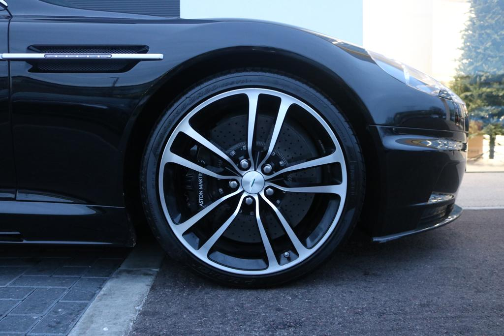 Aston Martin DBS V12 2dr Touchtronic image 17
