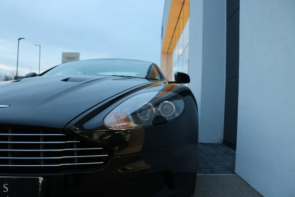 Aston Martin DBS V12 2dr Touchtronic image 25