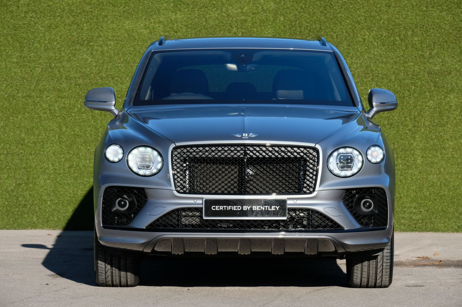 Bentley Bentayga 4.0 V8 First Edition 5dr Auto - Mulling Driving Specification image 2