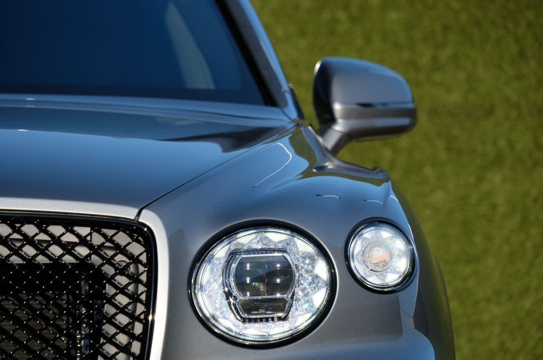 Bentley Bentayga 4.0 V8 First Edition 5dr Auto - Mulling Driving Specification image 6