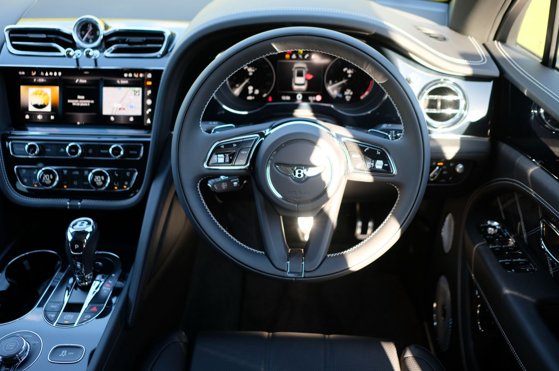 Bentley Bentayga 4.0 V8 First Edition 5dr Auto - Mulling Driving Specification image 14