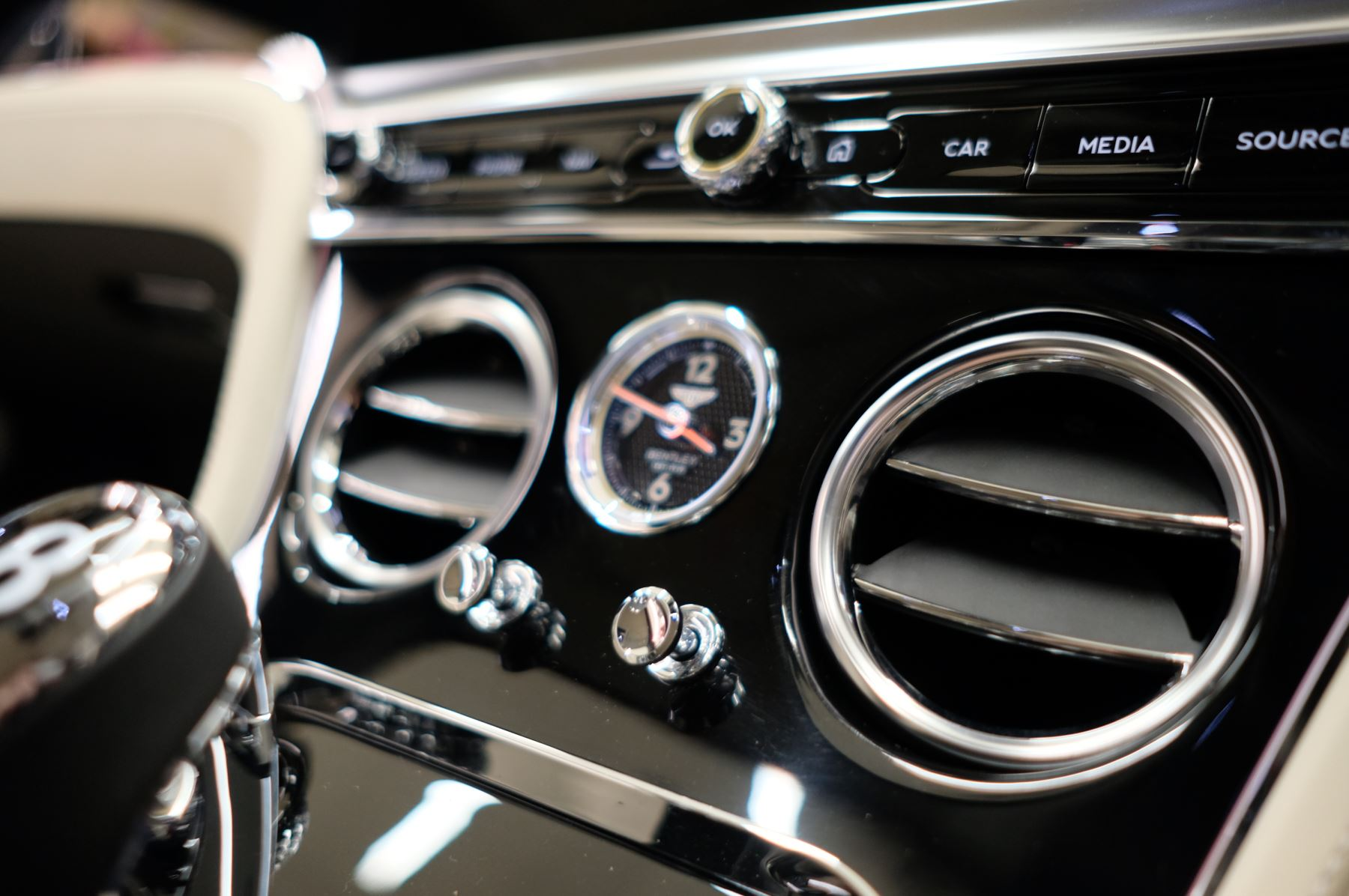 Bentley Continental GT 4.0 V8 Mulliner Driving Spec 2dr Auto [Tour Spec] image 20