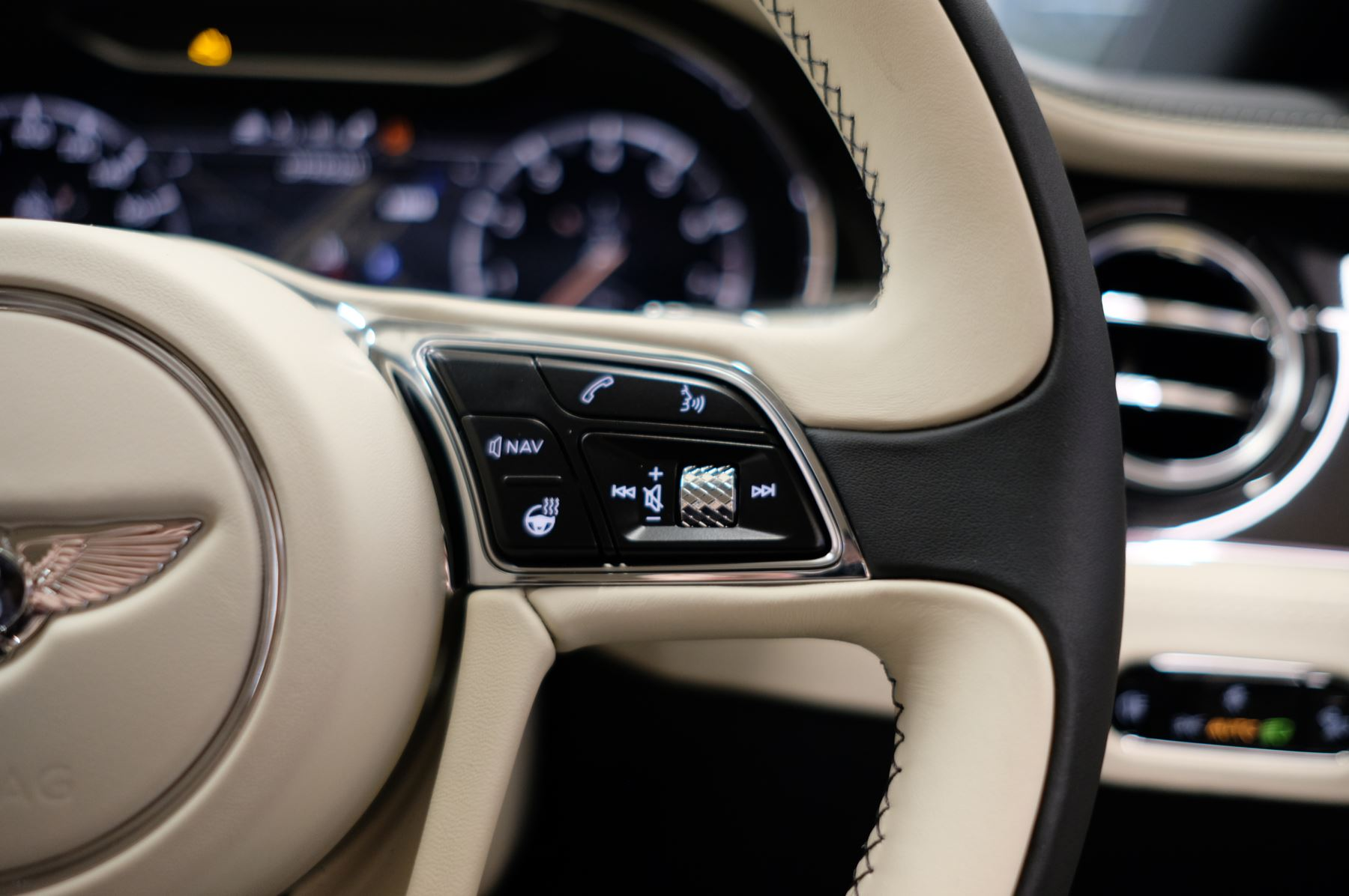 Bentley Continental GT 4.0 V8 Mulliner Driving Spec 2dr Auto [Tour Spec] image 23