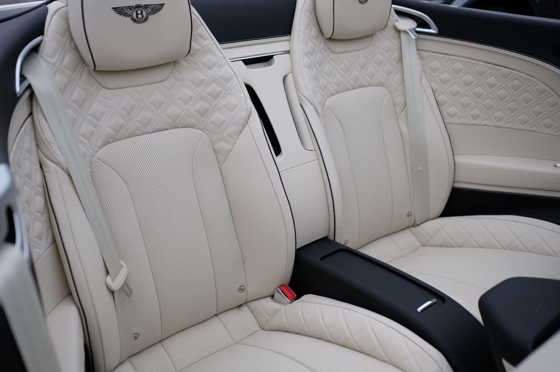 Bentley Continental GTC 4.0 V8 Mulliner Driving Spec 2dr Auto [Tour Spec] image 10