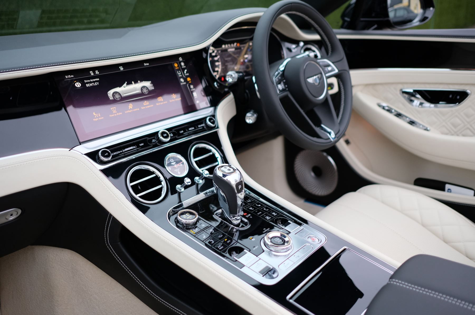 Bentley Continental GTC 4.0 V8 Mulliner Driving Spec 2dr Auto [Tour Spec] image 12