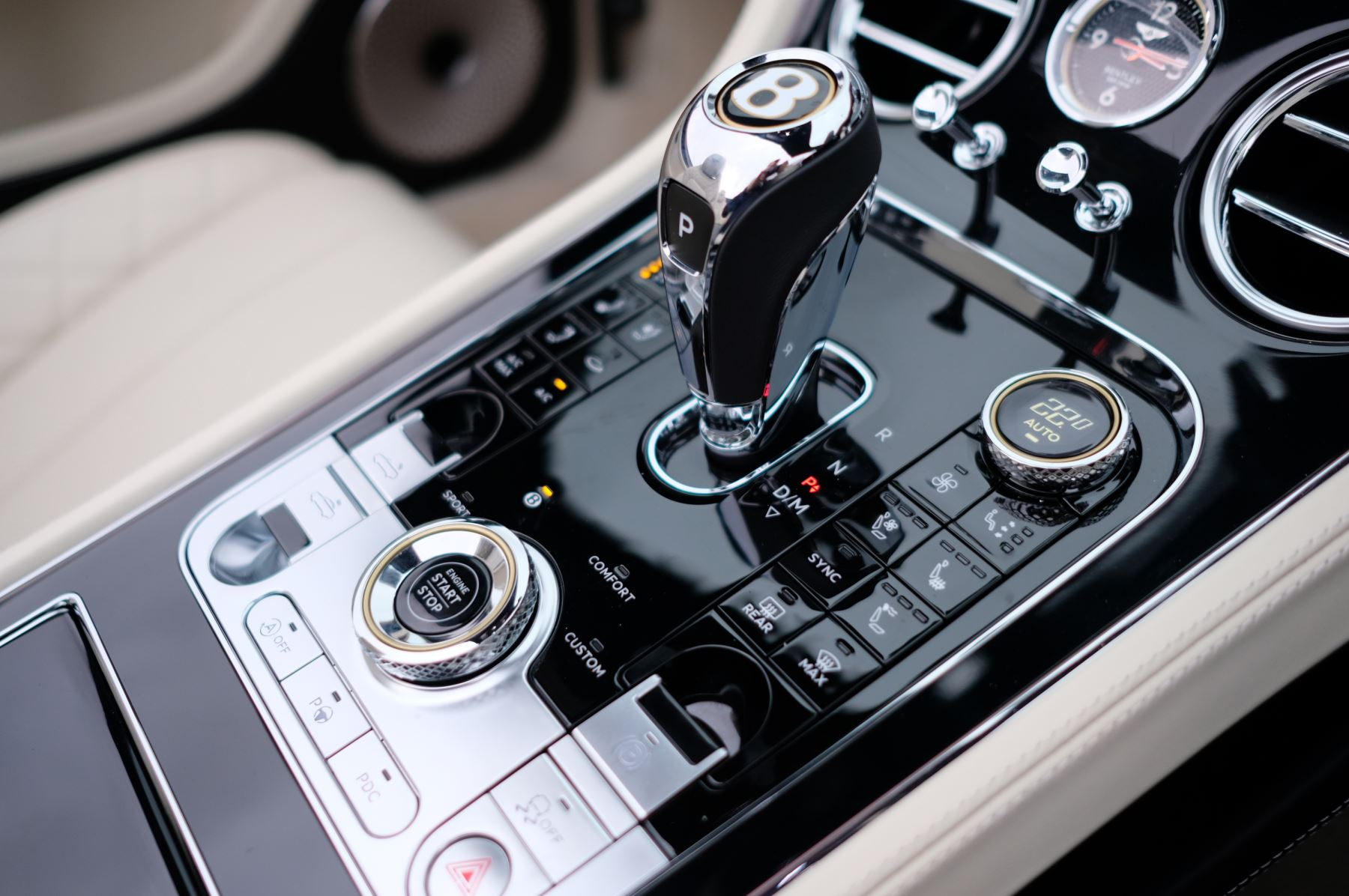 Bentley Continental GTC 4.0 V8 Mulliner Driving Spec 2dr Auto [Tour Spec] image 19