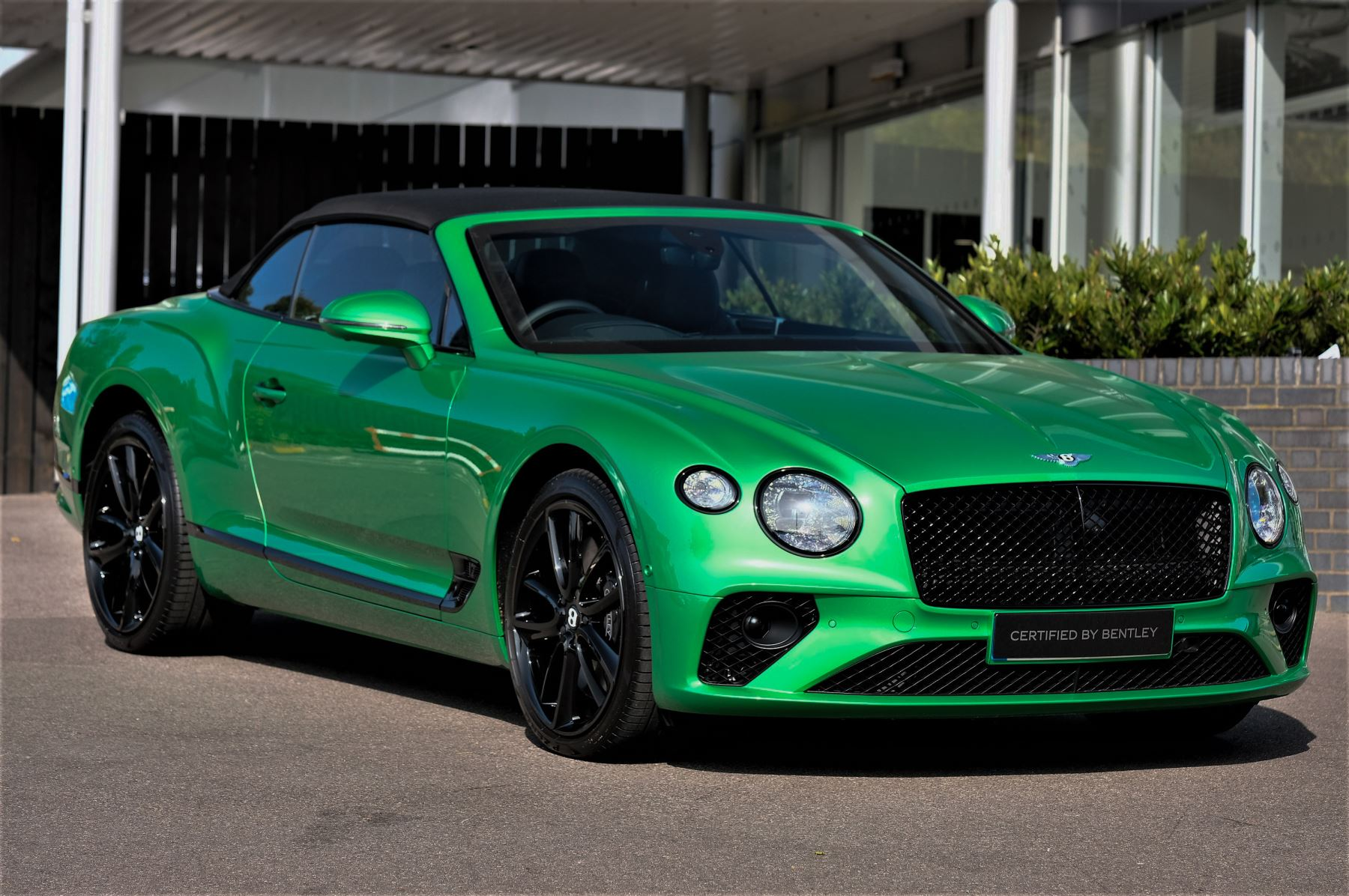 Bentley Continental GTC 6.0 W12 2dr Mulliner Driving Specification image 1