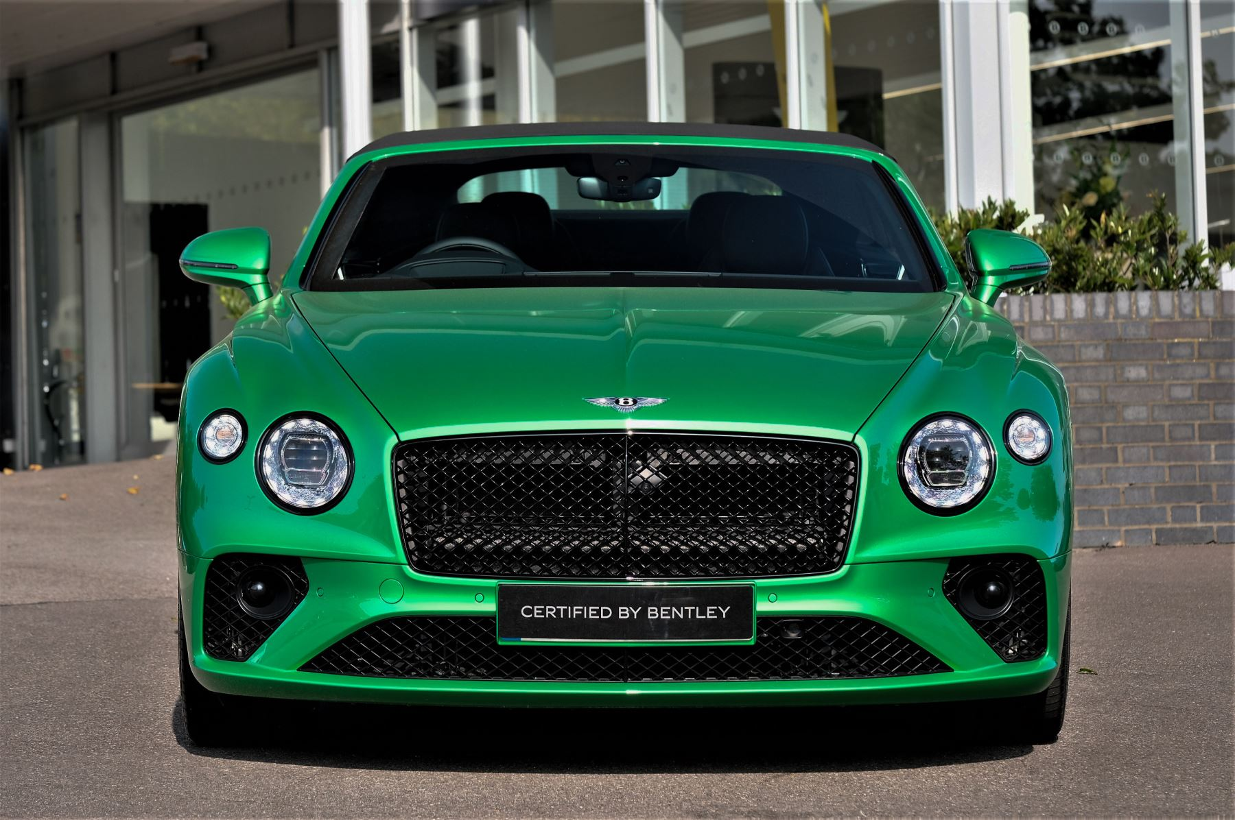 Bentley Continental GTC 6.0 W12 2dr Mulliner Driving Specification image 2