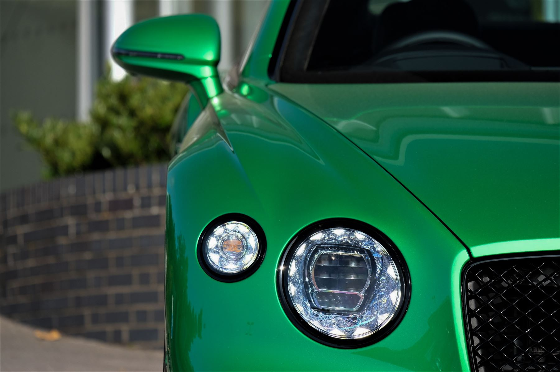 Bentley Continental GTC 6.0 W12 2dr Mulliner Driving Specification image 6