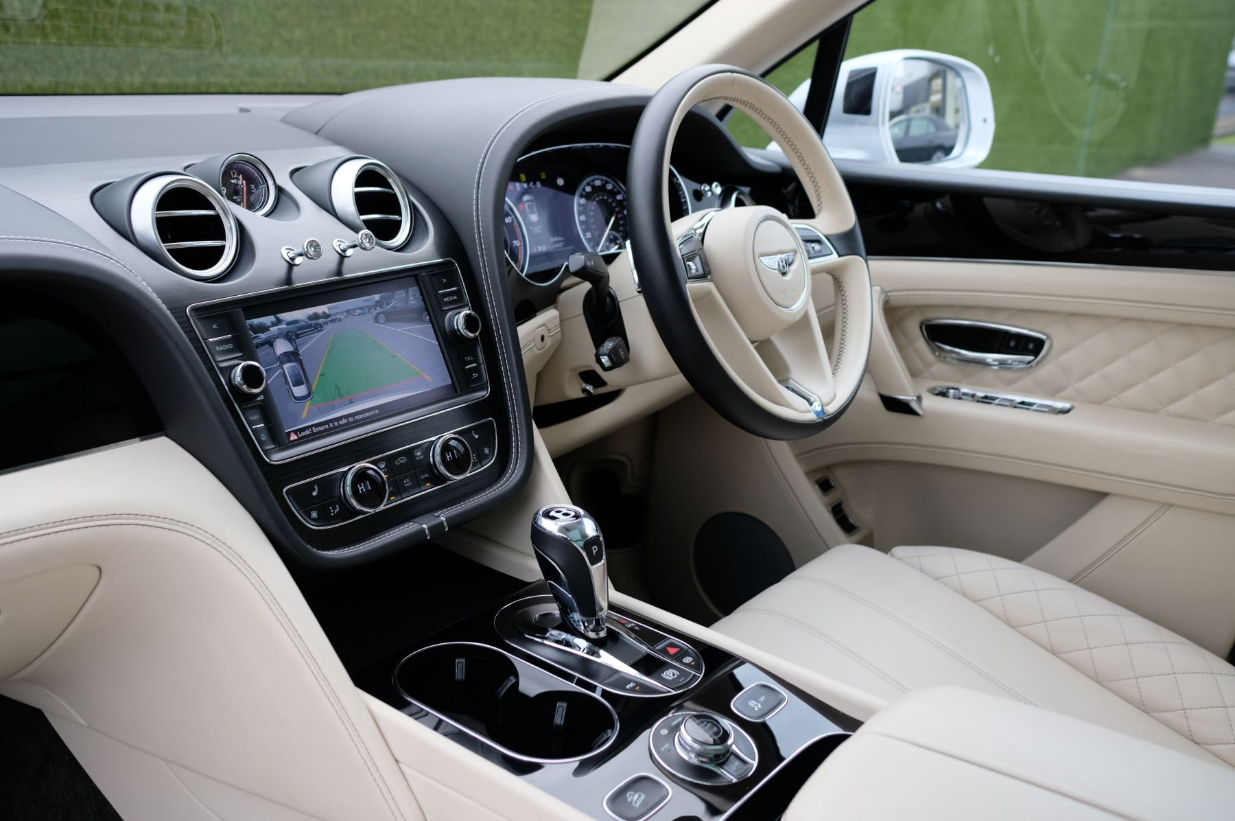 Bentley Bentayga 6.0 W12 5dr image 11